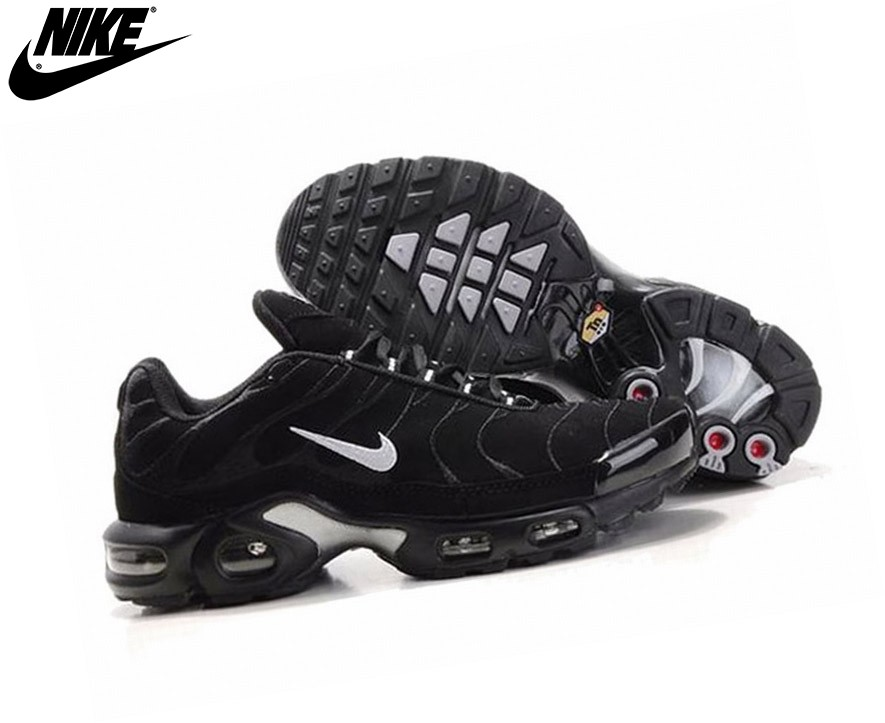 Nike Chaussures Basket_Ball Homme - Air Max Tn Requin Plus Noir  - Nike Chaussures Basket_Ball Homme Air Max Tn Requin Plus Noir