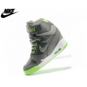 Nike Chaussures Basket_Ball Pour Femme Air Revoluttion Sky Hi Gs Gris