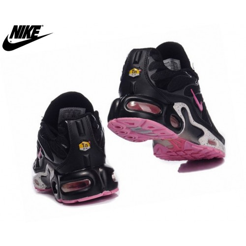Nike Tn Requin/Nike Tuned 1 Fille Baskets Noir/Pink